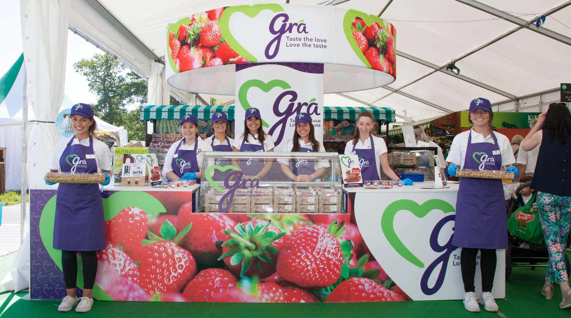 Gra Branding and Food Packaging Best Stand Bloom 2016 Bloom Festival.
